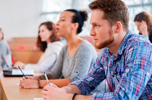 Licenciatura-en-Comunicacion-y-Periodismo-cursos-exclusivos-UPGDl-oct20