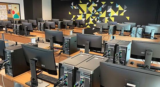 Ingenieria-en-Sistemas-y-Graficas-Computacionales-instalaciones-2-UPGDL-oct20
